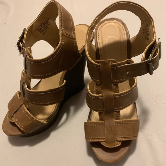 Candie's Shoes - Strappy Brown Wedges